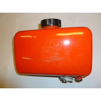 Бак топливный KM178 F (в сборе) (ЭЛАД -3300 П)(KM178 F-10200)